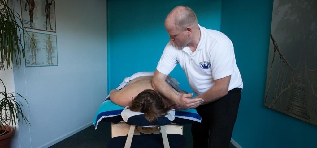 http://www.massagepraktijkernst.nl/wp-content/uploads/2014/11/Ernst-81-1024x480.jpg